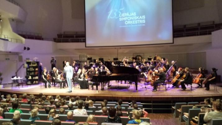 Pirmsskolas audzēkņi Liepājas Simfoniskā orķestra koncertā