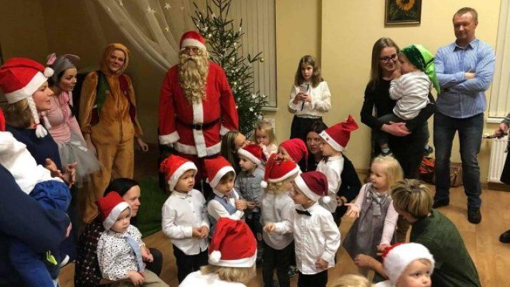 """Ziemassvētku pasākums """"Mārītes"""" grupai"""