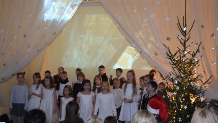 1. – 3. klases Ziemassvētku pasākums