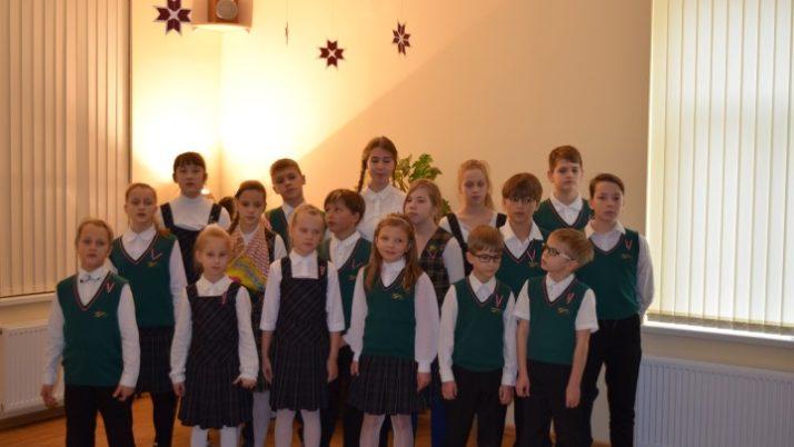 Latvijas proklamēšanas diena sākumskolā